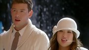 Jenna Ushkowitz looked she stepped out of the '20s with this winter white cloche.
