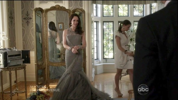 Madeleine Stowe's Wedding Dress on 'Revenge'