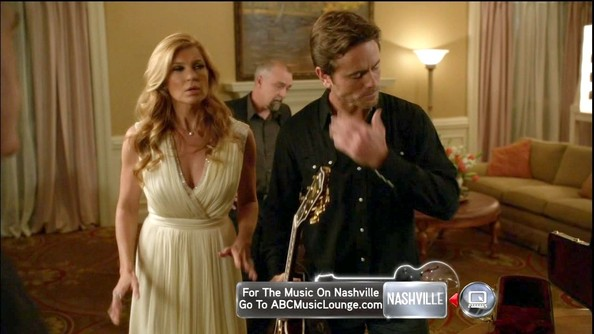 More Pics of Connie Britton Loose Blouse (5 of 19) - Connie Britton Lookbook - StyleBistro