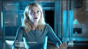 A spooked Rachael Taylor still managed to look cute on '666 Park Avenue' in this pale blue henley.