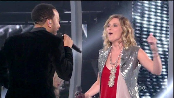 Jennifer Nettles Ivory Statement Necklace