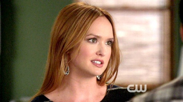 Kaylee Defer Dangling Crystal Earrings