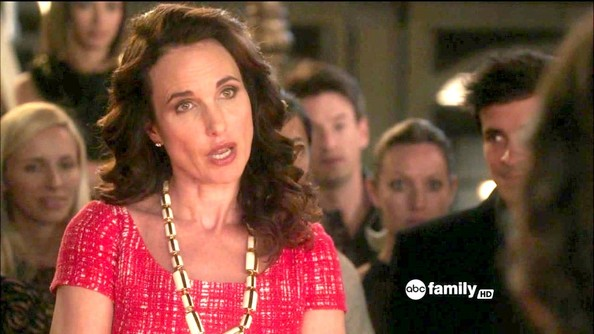 More Pics of Andie MacDowell Ivory Statement Necklace (1 of 4) - Andie MacDowell Lookbook - StyleBistro