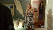 Hayden Panettiere embraced fall floral on 'Nashville' in a dramatic ruffle hem dress.