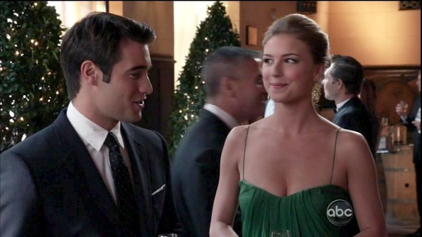 More Pics of Emily VanCamp Evening Dress (4 of 17) - Emily VanCamp Lookbook - StyleBistro