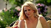 Britney Spears accented her Grecian dress with these dazzling earrings.