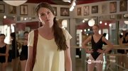 Sutton Foster hit the 'Bunheads' dance studio in a slouchy butter yellow T-shirt.